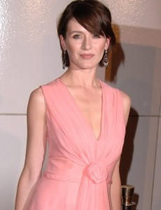 emily-mortimer-Newsroom-230x300