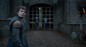 Gate-Theon-Winterfell-300x166