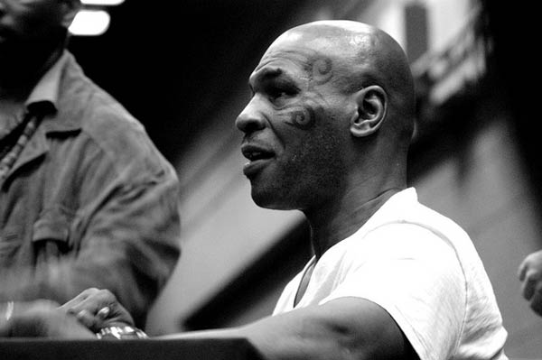 Mike-Tyson-HBO-Lee