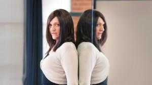 131130-ep02-jamie-mirror-1024-300x168