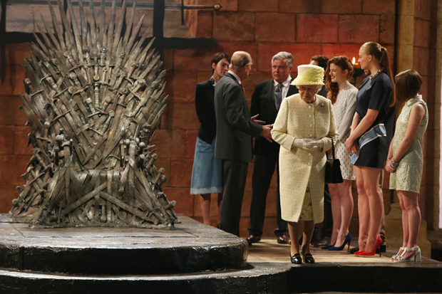 iron-Throne-Queen