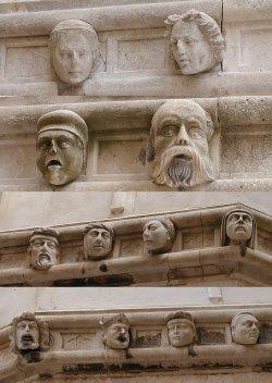 Sibenik_Cathedral_of_St_James_details__1405295137_109.77.18.136
