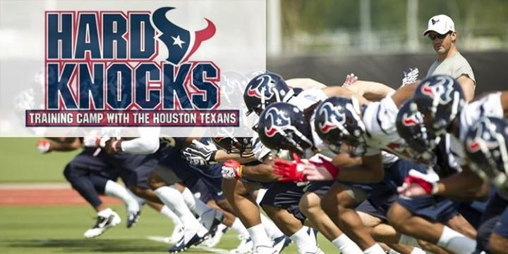 Sports_HardKnocks02