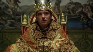 TheYoungPope_02