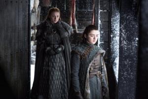 Arya-Sansa-Winterfell-s7-300x200